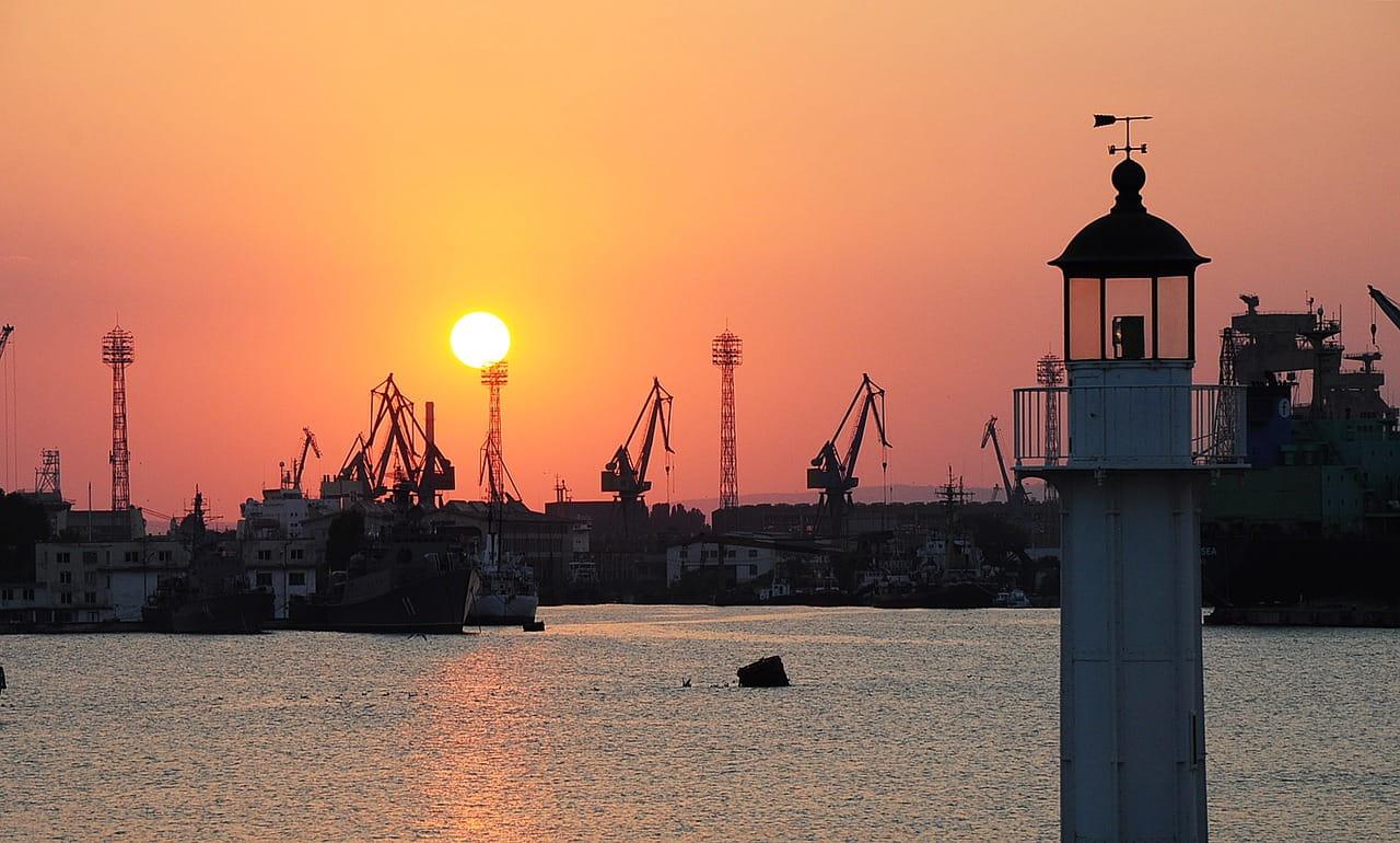 Варна, среща