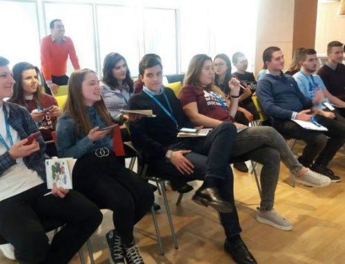 Млади шуменци в ролята на евродепутати